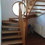 schody drewniane samonośne balustrada (wieliczka)