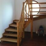 schody drewniane samonośne (wieliczka)
