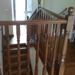 schody drewniane balustrada