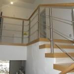 schody_drewniane_balustrada_metal